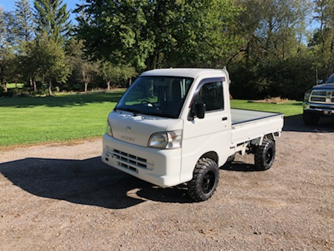 Automatic 2013 Daihatsu Hijet Ext Made By Toyota Road